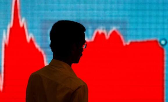 Sensex指数下跌1066点 是三周以来全球股市抛售的最大单日跌幅
