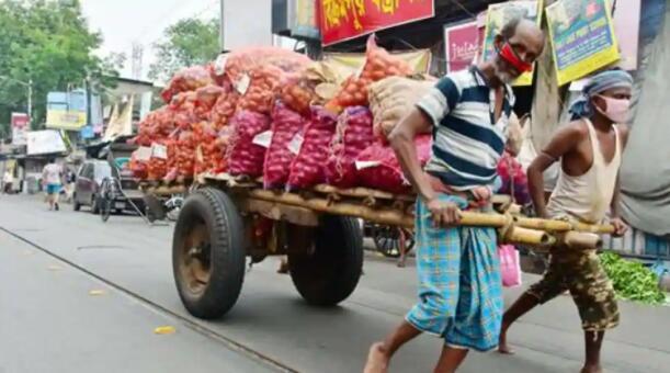 基本消费品价格上涨抑制了西孟加拉邦的节日气氛