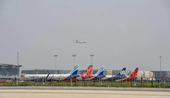 10月至3月之间的国际飞行人数少于10-15百万的预测