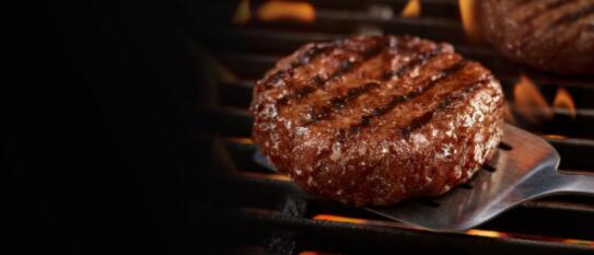 超越肉食推出了两个新版本的Beyond Burgers