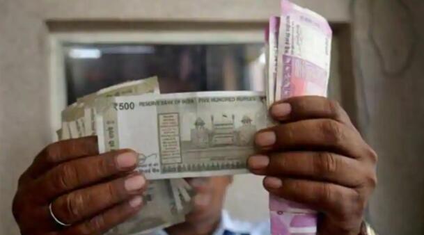 卢比兑美元涨2派萨至74.62