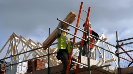 当前局势在第三季度继续打击劳动力市场