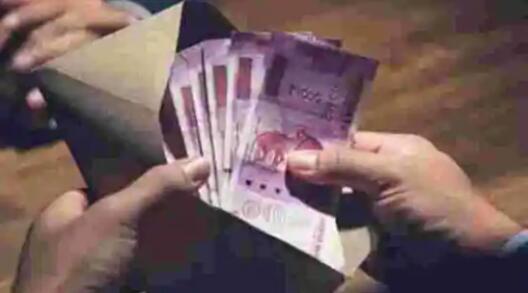 卢比兑美元下跌3派萨至73.07