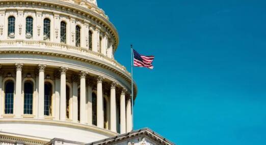 众议院通过拜登的1.9万亿美元刺激方案