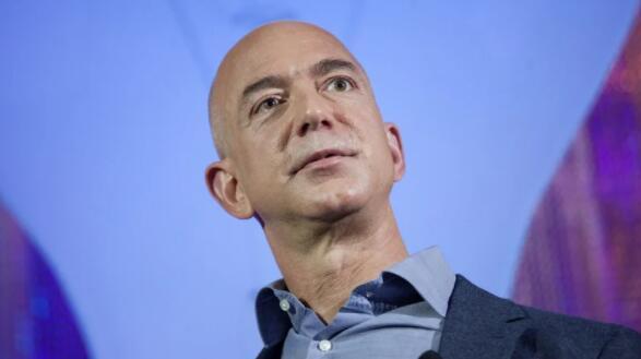 亚马逊首席执行官贝佐斯认可美国公司加税