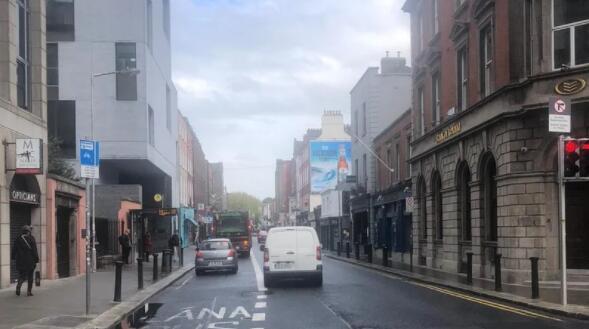 爱尔兰减少梅里恩街的交通流量 以鼓励户外用餐