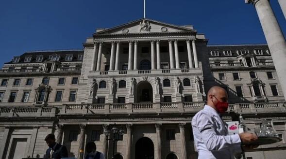 英格兰银行将减缓债券购买 但上调2021年经济增长预期