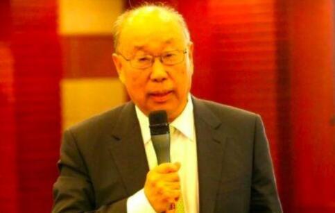 双汇发展董事一职落实,81岁万隆再次当选,长子让位次子副董